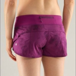 "Lululemon Speed Up Short 2.5"" Dewberry Spray Dye"